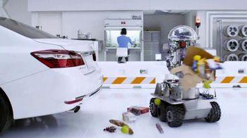 Kia Fall Savings Time TV Spot, 'Robot-Tested Smart Trunk Technology' - Thumbnail 5