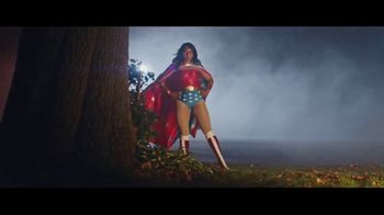 Party City TV Spot, 'Wonder Women' - Thumbnail 6
