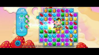 Candy Crush Saga: Fly Through the Levels thumbnail