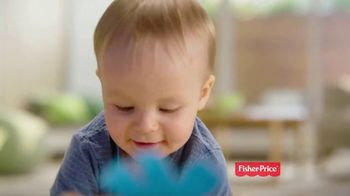 Fisher Price Zoom 'n Crawl Monster TV Spot, 'Zigs, Zags and Spins' - Thumbnail 5