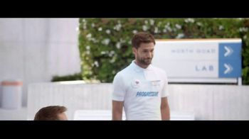 Progressive TV Spot, 'Jamie's Twin' - Thumbnail 3