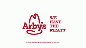 Arby's Buffalo Chicken Sandwich TV Spot, 'Sports Bar' - Thumbnail 10