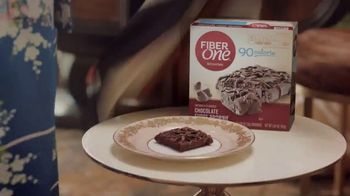 Fiber One 90-Calorie Chocolate Fudge Brownie TV Spot, 'She Shed: Welcome' - Thumbnail 5