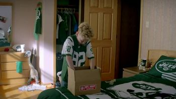 NFL Shop TV Spot, 'Odell's Secret Fan' - Thumbnail 7
