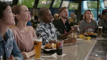 Buffalo Wild Wings TV Spot, 'Dragon' - Thumbnail 4