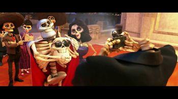 Coco - Alternate Trailer 15