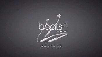 BeatsX TV Spot, 'Built for Bosses' Feat. Tom Brady, Song by Kendrick Lamar - Thumbnail 9