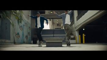 Citi Double Cash Card TV Spot, 'Twins' Song by Spencer Wiggins - Thumbnail 5