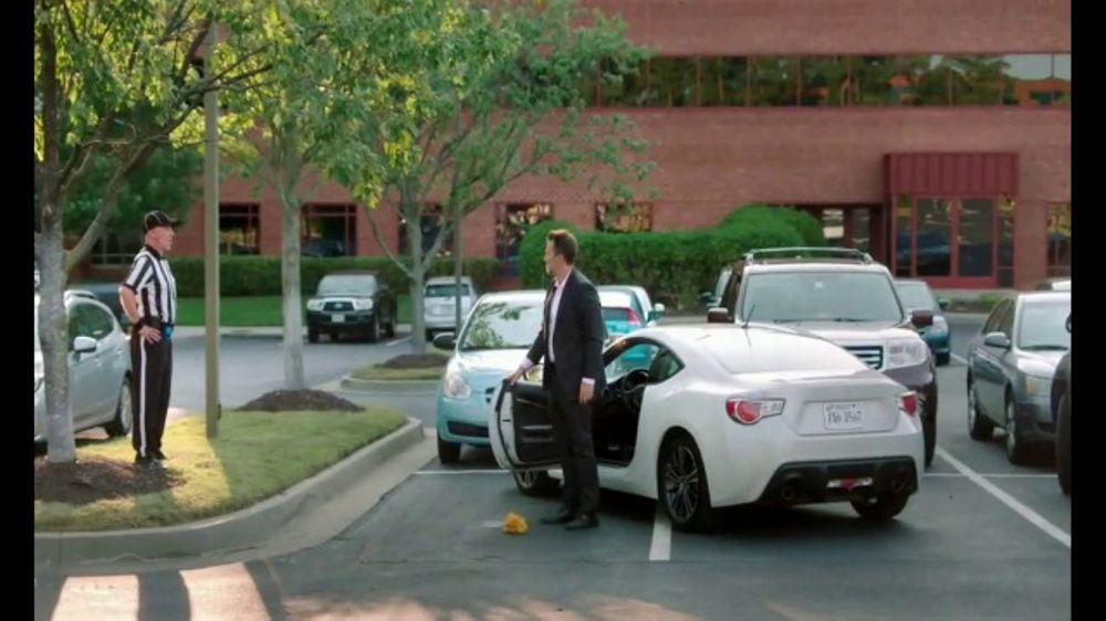 State Farm 24 Hour Roadside Assistance >> GEICO TV Commercial, 'One Job: Between the Spaces' - iSpot.tv