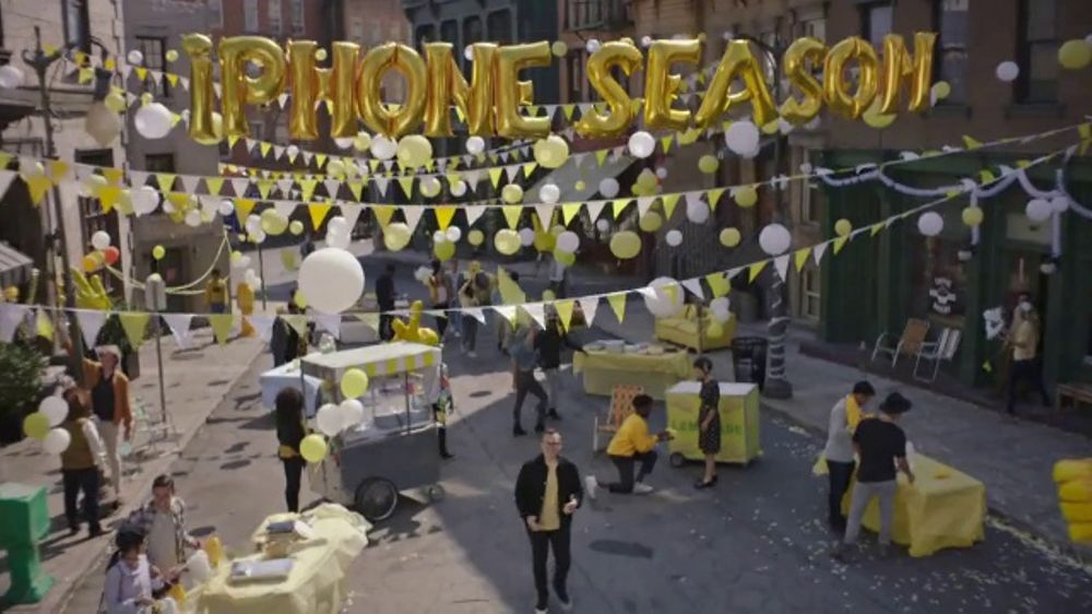Sprint TV Commercial, 'It???s iPhone Season!'