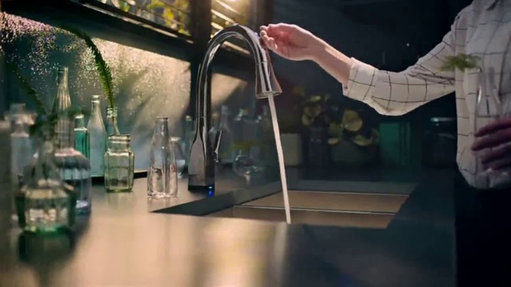 Delta Faucet Touch2O Technology TV Commercial, \'The Perfect Touch ...