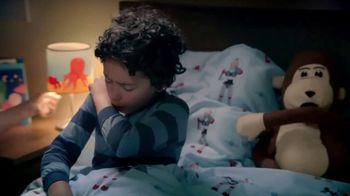 Vicks VapoRub TV Spot, 'Buenas noches tos' [Spanish] - Thumbnail 2