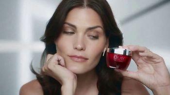 Olay 28-Day Challenge TV Spot, 'Ageless Skin' - Thumbnail 4