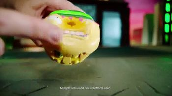 The Grossery Gang Bug Strike TV Spot, 'New Action Figures' - Thumbnail 5