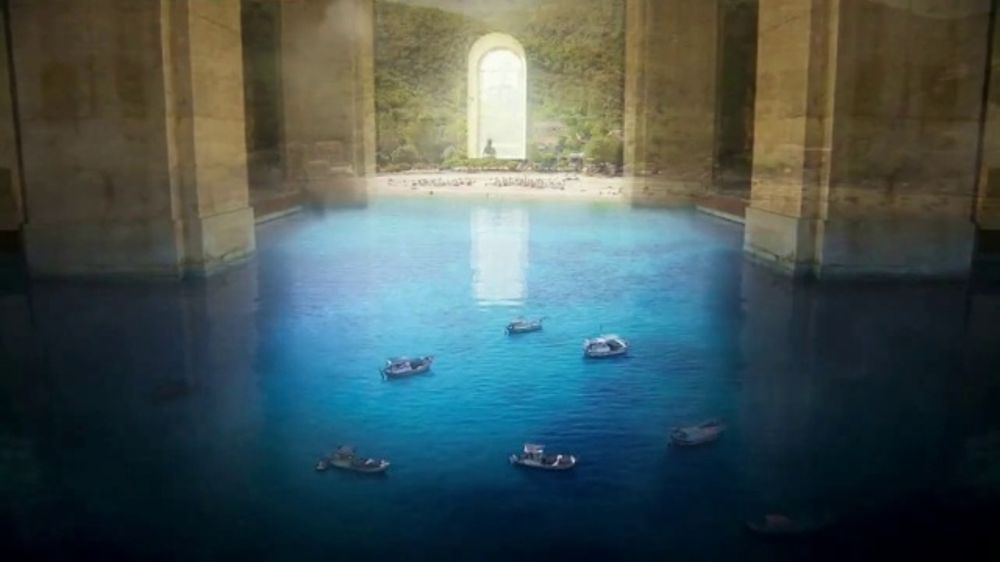American Express Platinum TV Commercial, 'The World Is Not Flat' - Video