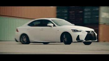 Lexus IS TV Spot, 'Break Away' [T1] - Thumbnail 2