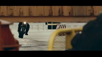 Lexus IS TV Spot, 'Break Away' [T1] - Thumbnail 7