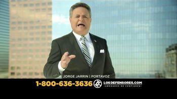 Los Defensores TV Spot, 'Accidente de auto' con Jorge Jarrín [Spanish]