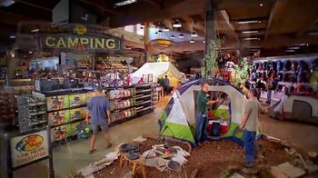 Bass Pro Shops Bring in the New Sale TV Spot, 'Camo Jackets and Smokers' - Thumbnail 5