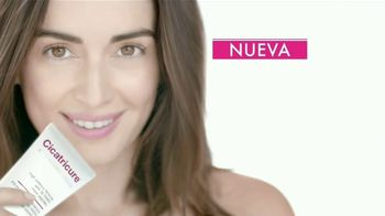Cicatricure Anti-Wrinkle Cream TV Spot, 'Desafía' [Spanish] - Thumbnail 9