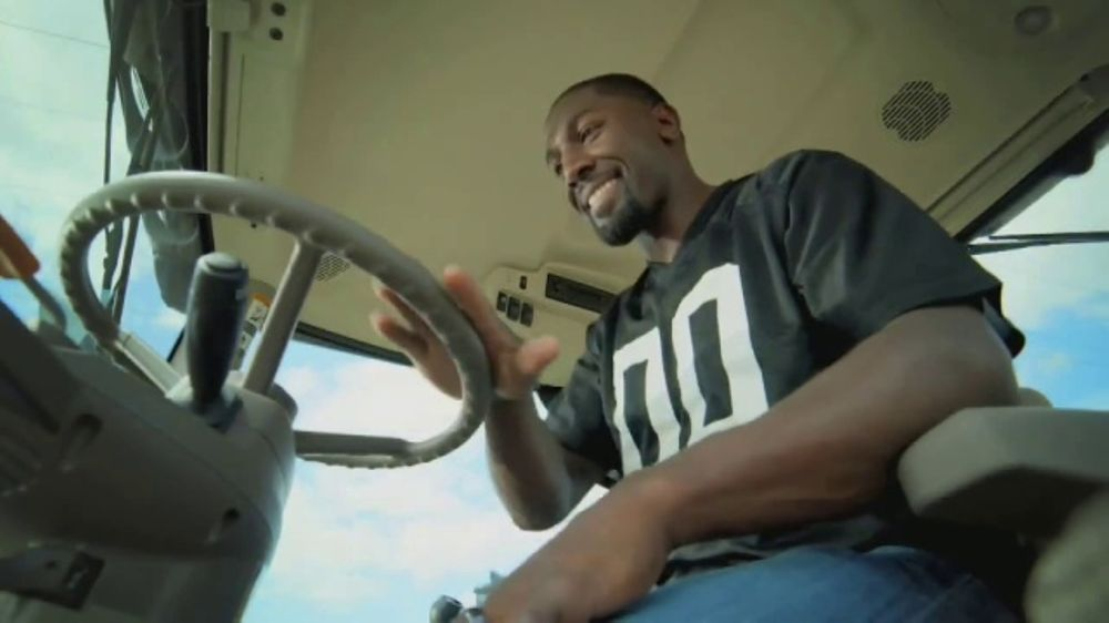 Land O'Lakes Farm Bowl TV Commercial, 'Cute Tractor' Feat. Greg Jennings