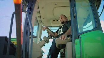 Land O'Lakes Farm Bowl TV Spot, 'Cute Tractor' Feat. Greg Jennings - Thumbnail 5