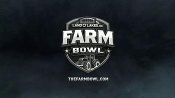 Land O'Lakes Farm Bowl TV Spot, 'Cute Tractor' Feat. Greg Jennings - Thumbnail 8
