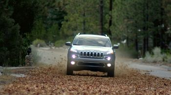 Jeep Cherokee Limited TV Spot, 'Further: UConnect' [T2] - Thumbnail 6
