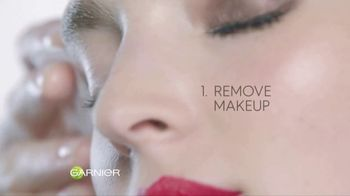 Garnier SkinActive Micellar Cleansing Water TV Spot, 'Stop Harsh Rubbing' - Thumbnail 7