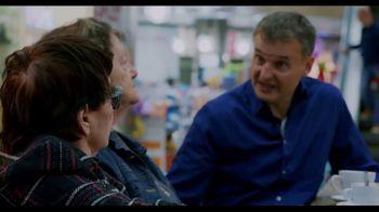 Netflix TV Spot, 'Somebody Feed Phil' - Thumbnail 7