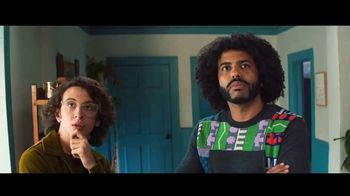 Zelle TV Spot, 'How Money Moves: Around Town' Featuring Daveed Diggs