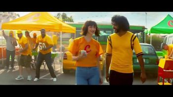 Zelle TV Spot, 'How Money Moves: Tailgating' Featuring Daveed Diggs