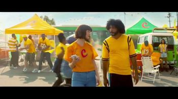Zelle TV Spot, 'How Money Moves: Tailgating' Featuring Daveed Diggs - Thumbnail 3