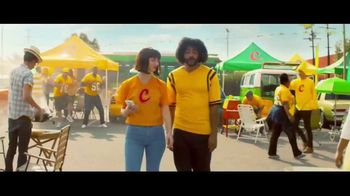 Zelle TV Spot, 'How Money Moves: Tailgating' Featuring Daveed Diggs - Thumbnail 4
