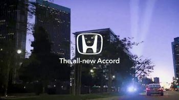 2018 Honda Accord TV Spot, 'Tips From Andy' Ft. Andy Cohen, Jason Kennedy [T1] - Thumbnail 9