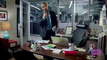2018 Honda Accord TV Spot, 'Tips From Andy' Ft. Andy Cohen, Jason Kennedy [T1] - Thumbnail 3