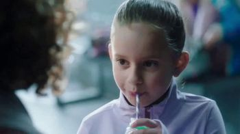 Milk Life TV Spot, 'Patinaje' [Spanish] - Thumbnail 2