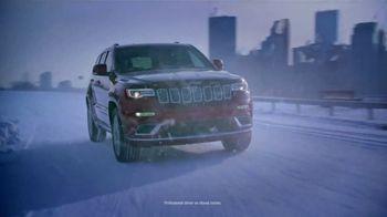 2018 Jeep Auto Show Event TV Spot, 'Photobomb: Cherokee Limited' [T2] - Thumbnail 7
