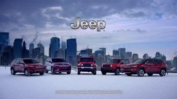 2018 Jeep Auto Show Event TV Spot, 'Photobomb: Cherokee Limited' [T2] - Thumbnail 8