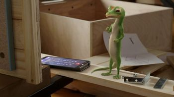GEICO TV Spot, 'The Gecko Attempts Furniture Assembly' - Thumbnail 6