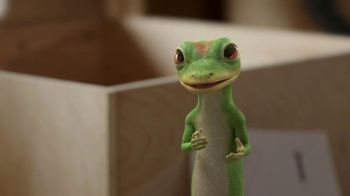 GEICO TV Spot, 'The Gecko Attempts Furniture Assembly' - Thumbnail 8
