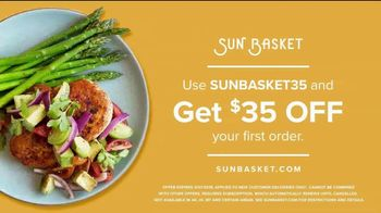 Sun Basket TV Spot, 'Guy Holding a Dog' - Thumbnail 9