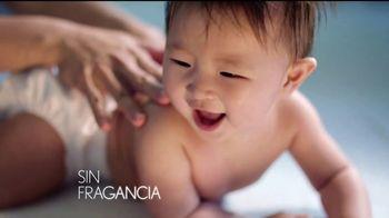 Aveeno Baby Daily Moisture Lotion TV Spot, 'El primer momento' [Spanish] - Thumbnail 6