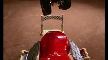 Hot Wheels Monster Jam El Toro Loco Showdown TV Spot, 'Take Down the Bull' - Thumbnail 8