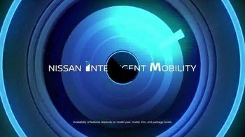 2017 Nissan Rogue TV Spot, 'Ride out the Storm' [T2] - Thumbnail 3