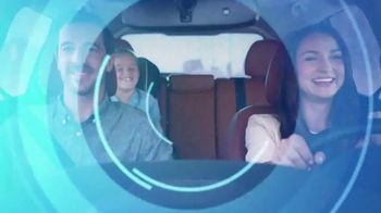 2017 Nissan Rogue TV Spot, 'Ride out the Storm' [T2] - Thumbnail 6