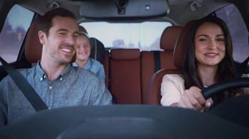 2017 Nissan Rogue TV Spot, 'Ride out the Storm' [T2] - Thumbnail 7