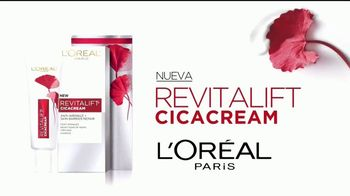 L'Oreal Paris Revitalift Cicacream TV Spot, 'Leyenda' [Spanish] - Thumbnail 4