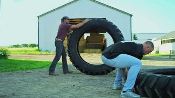 Land O'Lakes TV Spot, 'The Farm Bowl: Kyle Rudolph vs. a Tire' - Thumbnail 6