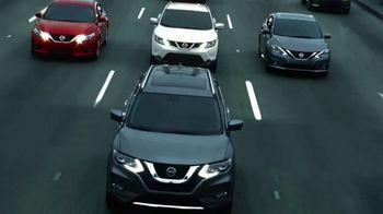 2017 Nissan Rogue TV Spot, 'Auto Show' [T2] - Thumbnail 3